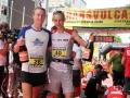 trasnsvulcania-2012-dakota-jones-ganador-transvulcania-2012-junto-a-andy-symonds-2do-puesto-foto-cabildo-de-la-palma