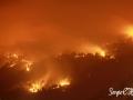 Foto nocturna del Incendio en la Villa de Mazo. Foto: Sergio C. Hdez