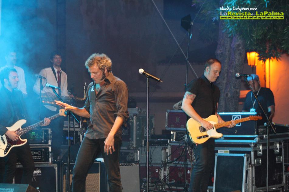 Actuación del grupo M CLAN - El Rock de los Muchachos