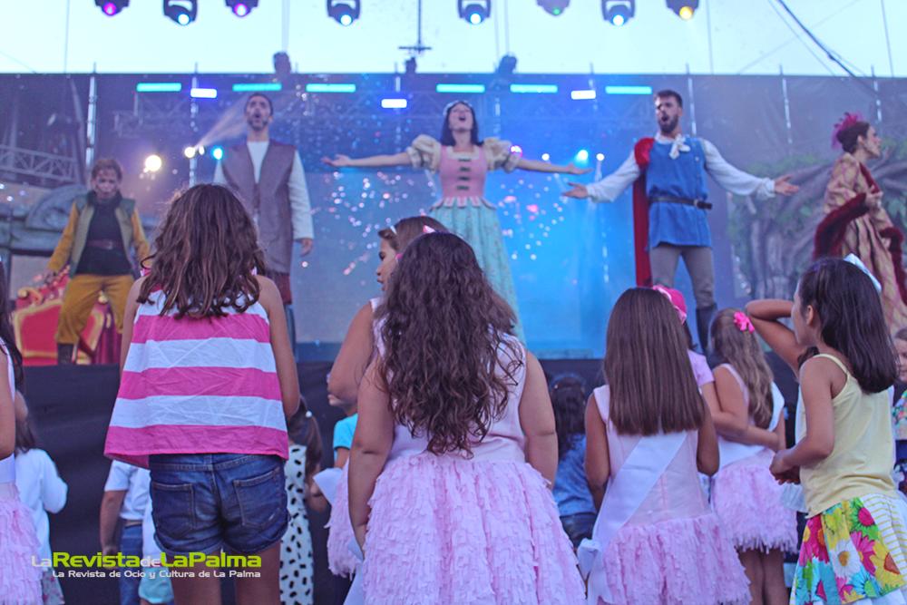 Blancanieves Bajada de La Virgen 2015 2111